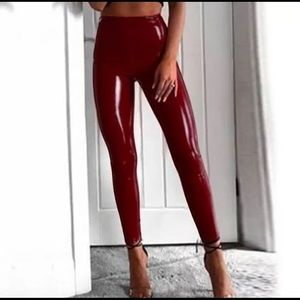 NIB Faux Patent Leather Legging Burgundy Small/4-6